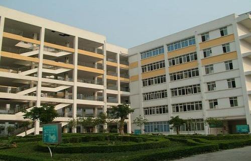 荆门市东宝区职教中心